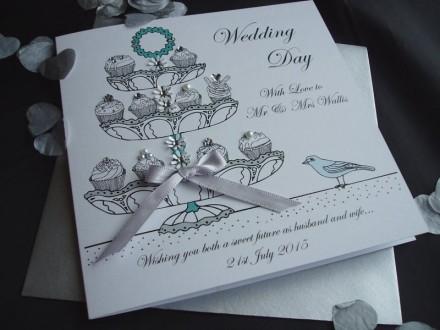 Handmade Wedding Card Cup Cakes